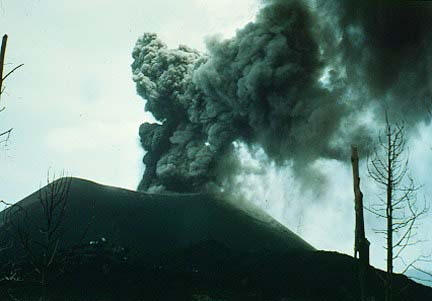 Paricutin. Photograph by K. Segerstrom, U.S. Geological Survey, September 30, 1948.