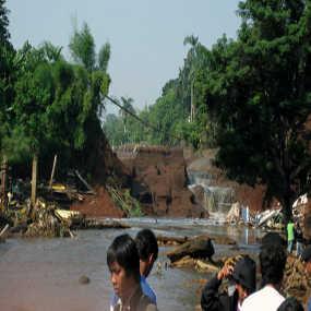 banjirgintung2dlm