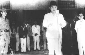 proklamasi-kemerdekaan-indonesia[1]